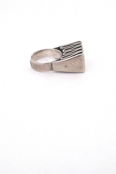 profile Franz Scheuerle Germany vintage silver ribbon large ring modernist design