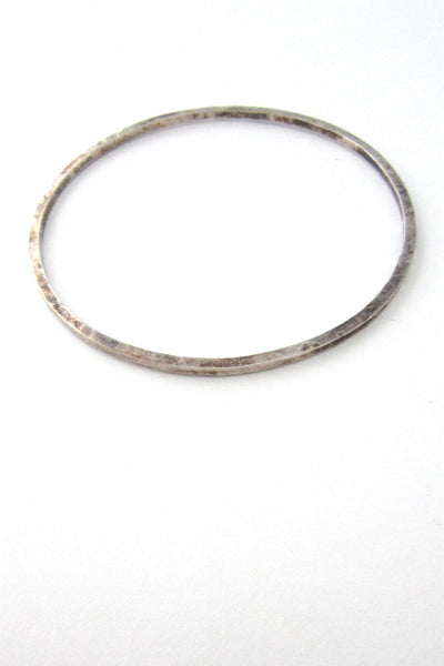 Rey Urban hammered silver bangle