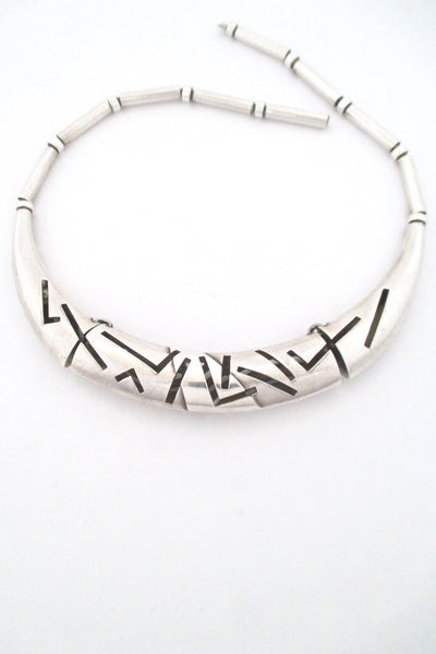 Lapponia Finland vintage heavy silver hinged choker necklace post modern design