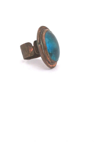 detail Rafael Alfandary Canada vintage brutalist copper aqua glass ring early