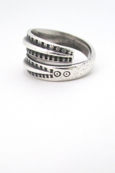 profile of David Andersen Norway vintage Nordic design silver Saga ring