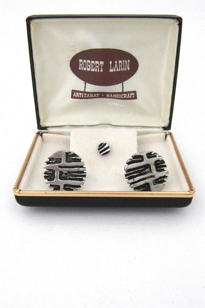 Robert Larin cuff links set