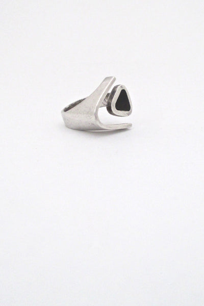 detail Puig Doria Spain vintage Modernist silver ebony open ring mid century