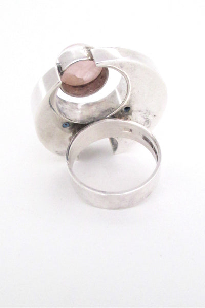Salovaara massive rose quartz ring