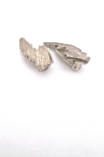 profile Knud V Andersen for Anton Michelsen Denmark vintage Modernist silver Bark ear clips