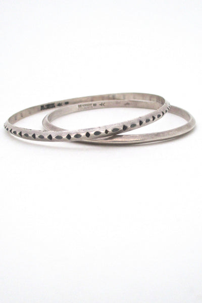 scale - Erling Christoffersen for Plus Studios Norway Design vintage modernist silver bangle
