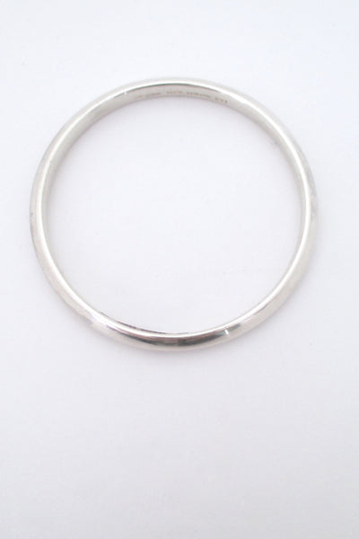 Hans Hansen silver 'V profile' bangle #241