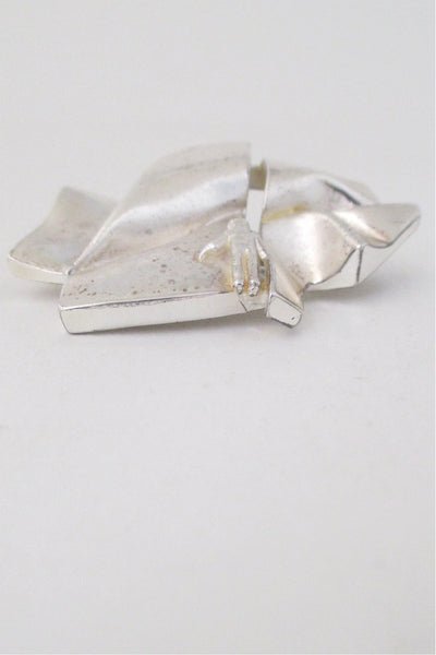 Bjorn Weckstrom for Lapponia Finland sterling silver vintage modernist Stranger on Io brooch