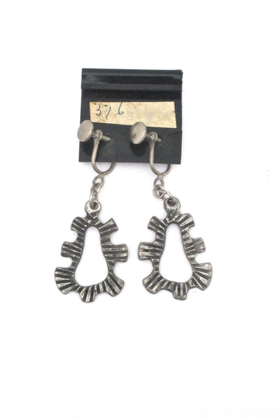 Robert Larin brutalist pewter drop earrings #376 ~ on original card