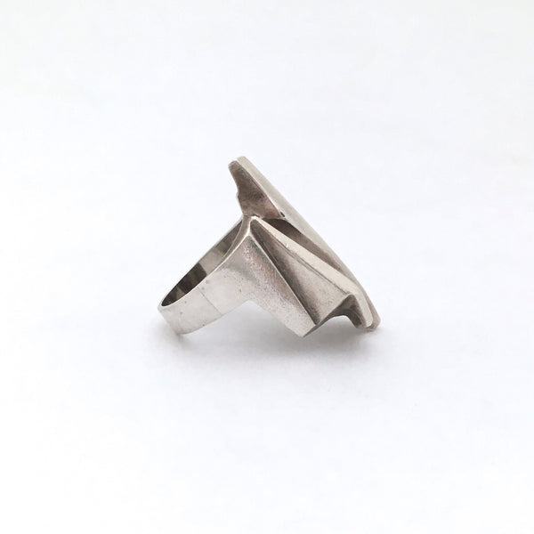 profile Lapponia Finland large vintage silver Shuttle ring by Bjorn Weckstrom 1984 Scandinavian Modernist jewelry design