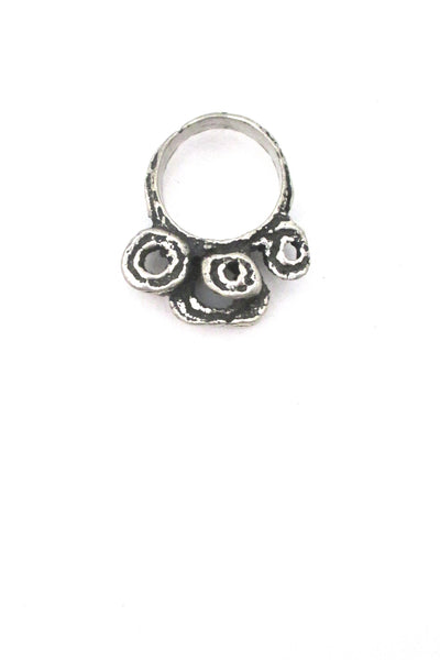 detail Robert Larin Canada vintage brutalist pewter large curlicues ring