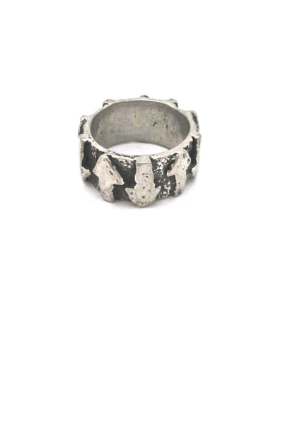 Robert Larin brutalist pewter 'arrows' band ring