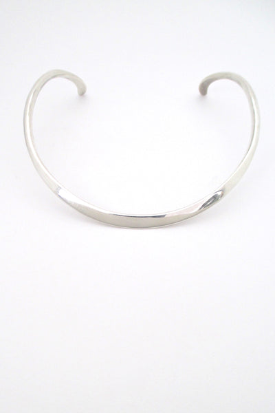 Ove Wendt for Age Fausing curved silver neck ring