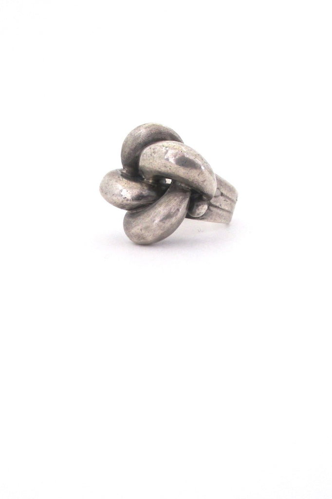 Industria Argentina large dimensional mid century modernist sterling silver ring by Antonio Belgiorno