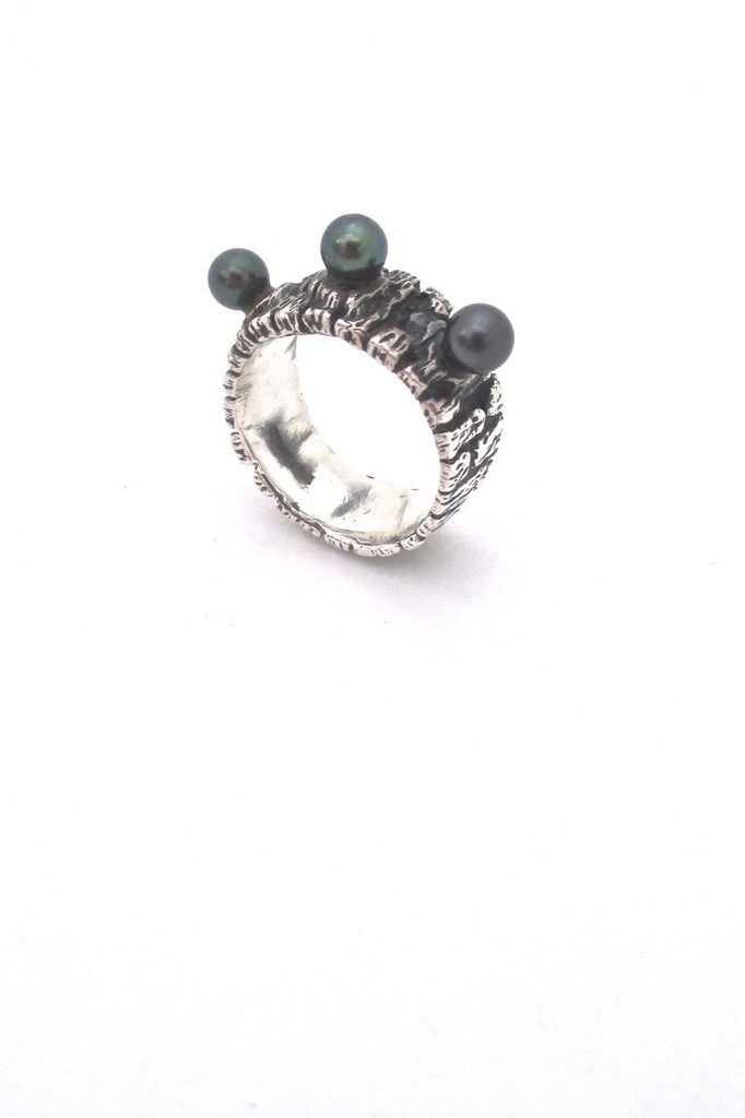 John Pagacz USA vintage Modernist heavy silver and pearl ring