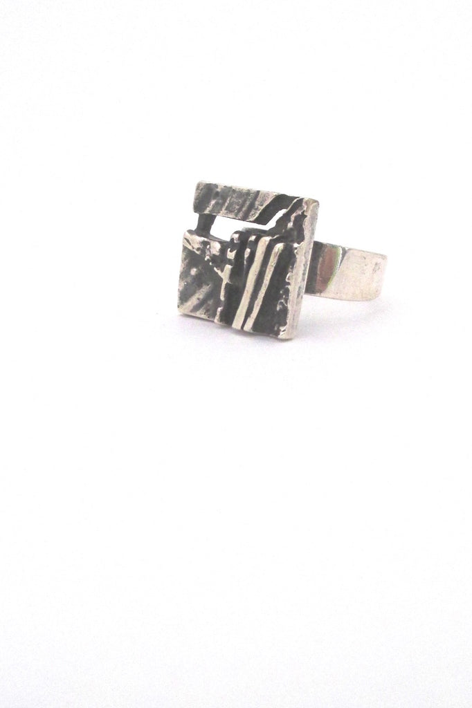 Jorma Laine pierced silver 'textured square' ring - v 2