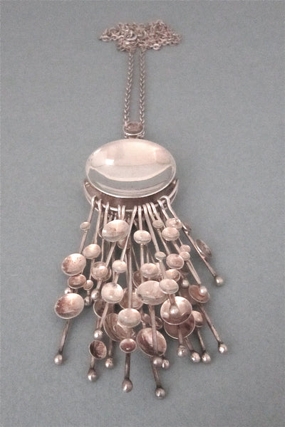 Kultateollisuus Finland large modernist silver kinetic fireworks necklace 1970