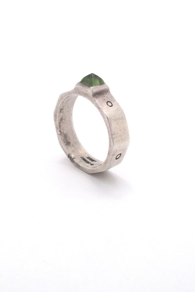 Lisa Jenks USA vintage boho sterling silver peridot ring