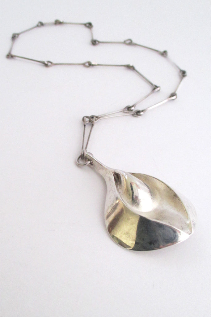 Matti Hyvarinen Finland vintage Scandinavian Modernist large sterling silver pendant necklace