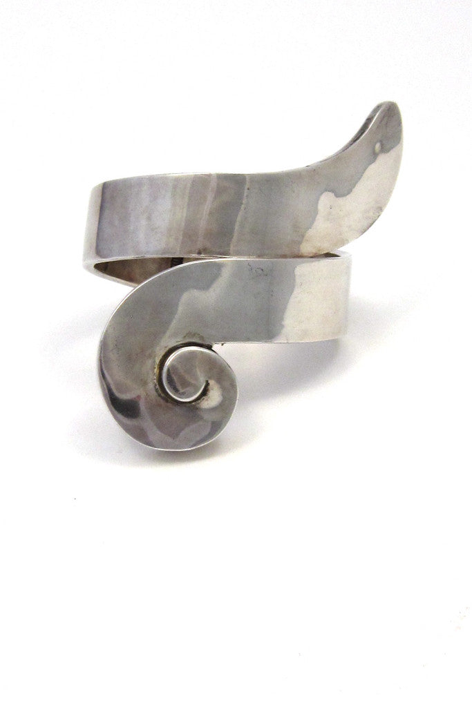 Mexico sterling silver large modernist clamper bracelet