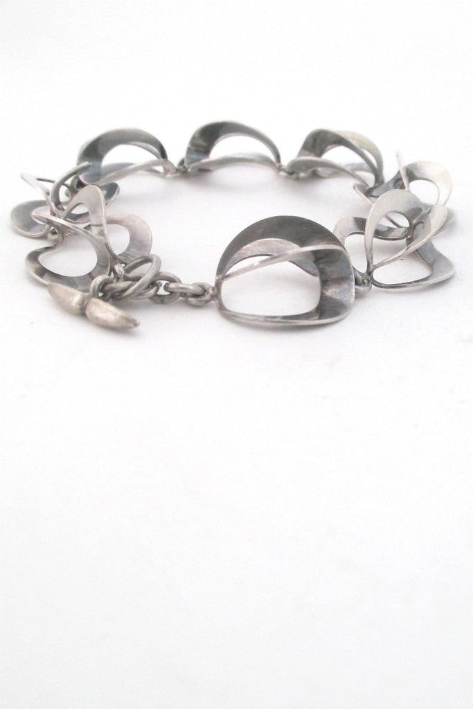 N E From Denmark Scandinavian modernist silver looped links bracelet