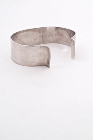 detail Peter von Post Sweden vintage silver cuff bracelet Scandinavian Modernist design