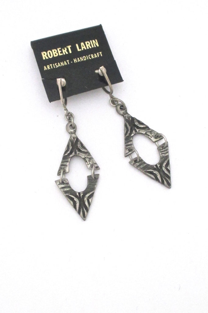 Robert Larin brutalist pewter drop earrings #370 ~ on original card