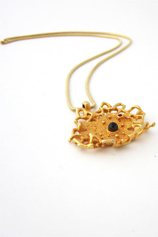 Robert Larin Canada gold lace necklace
