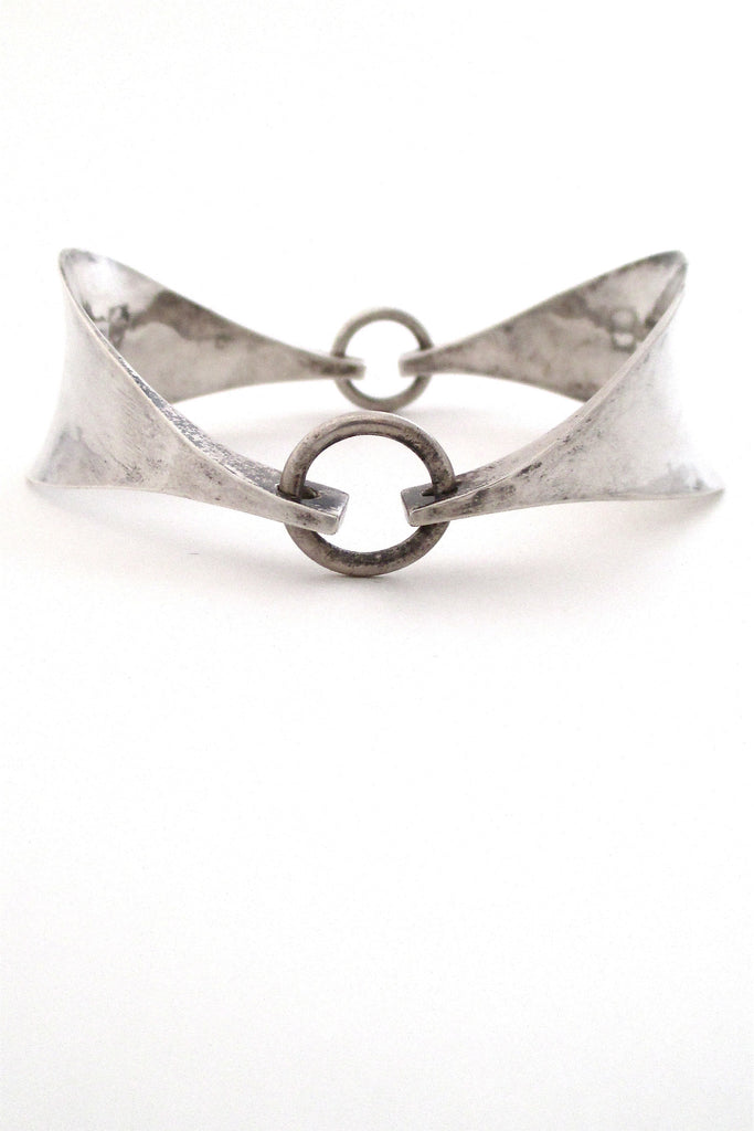 Tone Vigeland for Plus Studios Norway vintage Scandinavian Modernist large silver bracelet
