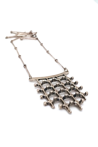 detail Uni-David-Andersen-Norway-vintage-Modernist-silver-Troll-series-necklace-Marianne-Berg