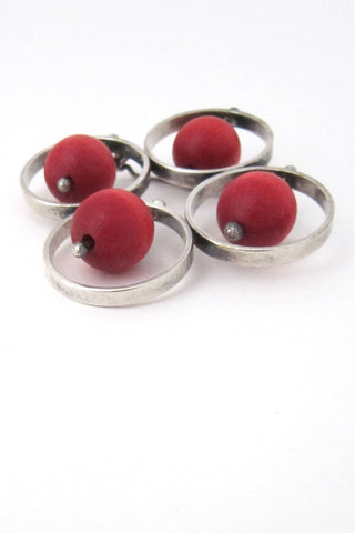 arrikka Finland vintage kinetic framed red beads brooch