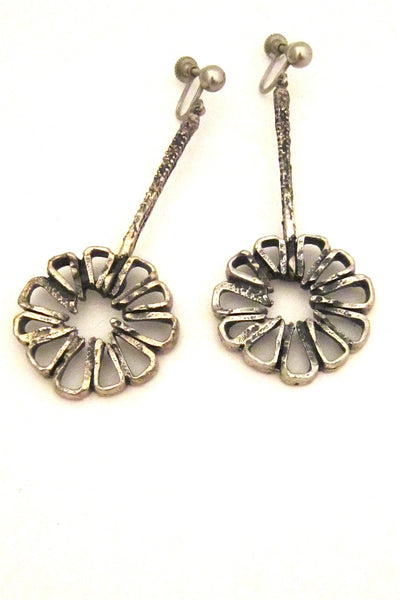 Guy Vidal Canada long open daisy drop earrings