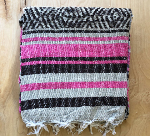 Mexican Blanket: Black-Pink