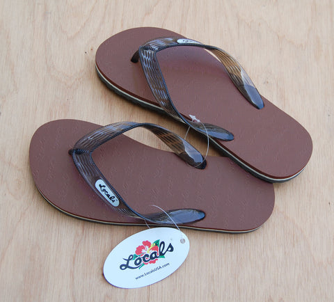 Locals Slippers : Brown