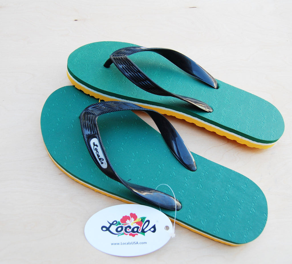 Locals Slippers : Green / Yellow