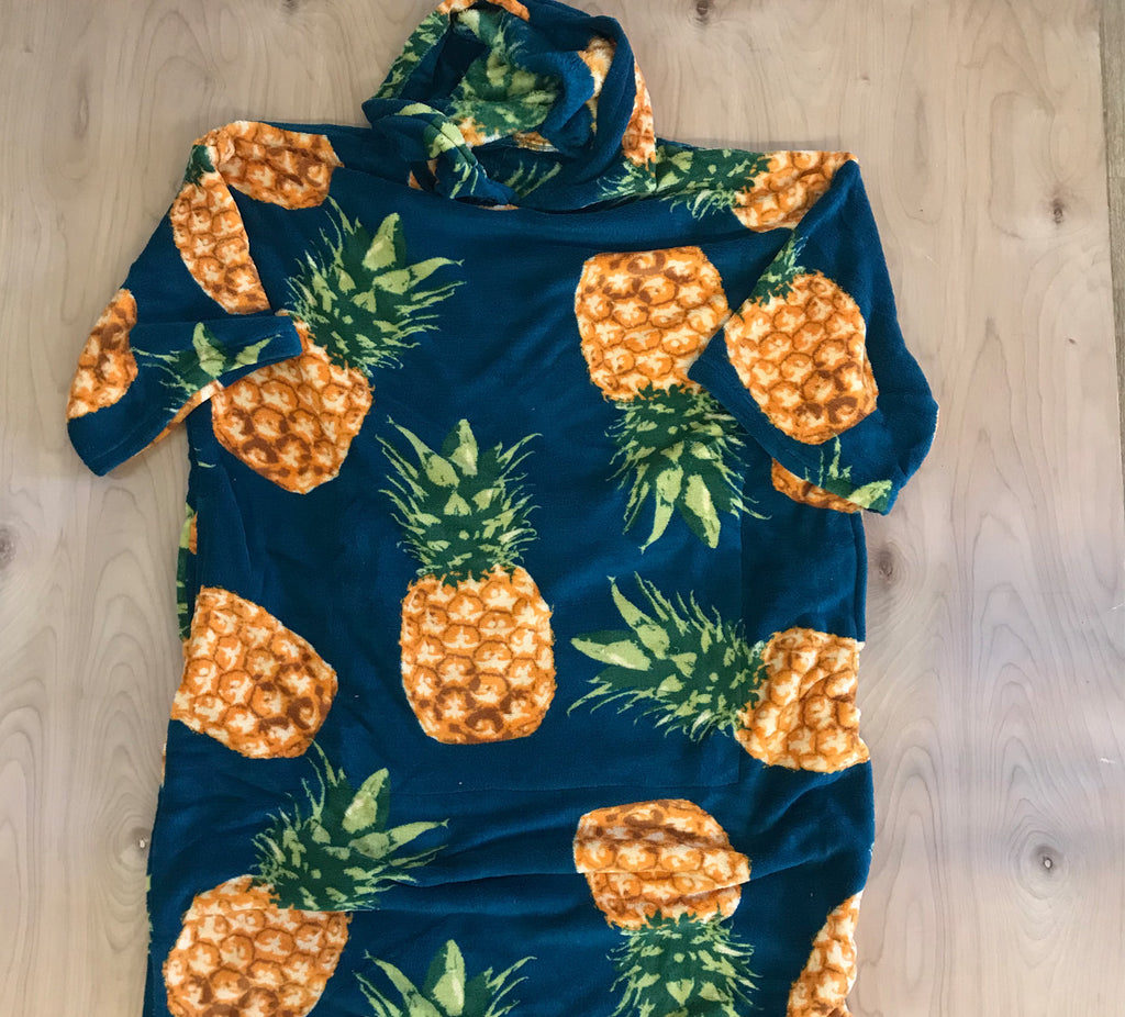Sold out Block Changing Robe: Pineapple