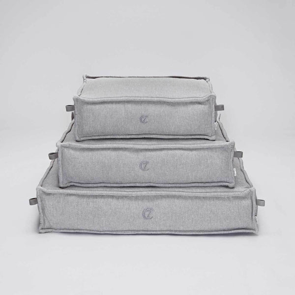 Cloud7 Cozy Dog Bed - Light Grey - CreatureLand