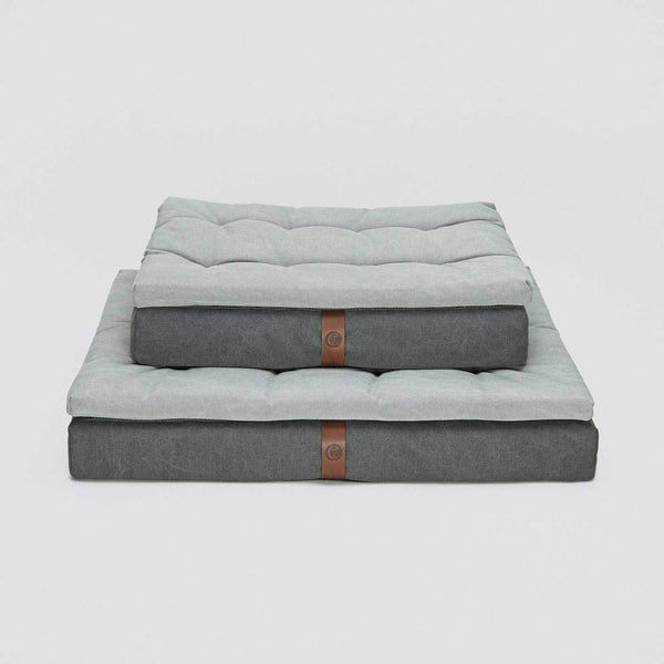 Cloud7 Dog Bed Moon Basalt - Grey - CreatureLand