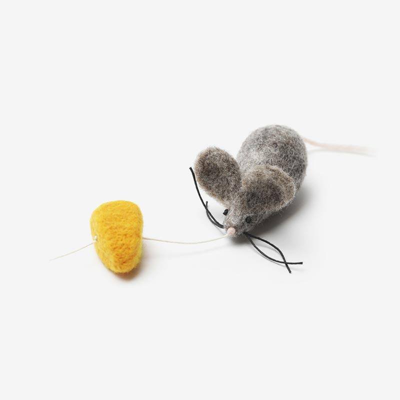 Wetnose Mouse & Cheese Cat Teaser Toy - CreatureLand