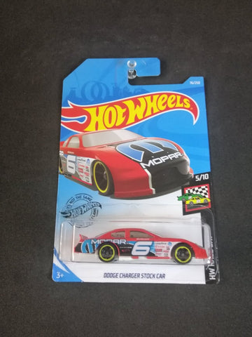 Dodge Charger Stock Car Hot Wheels