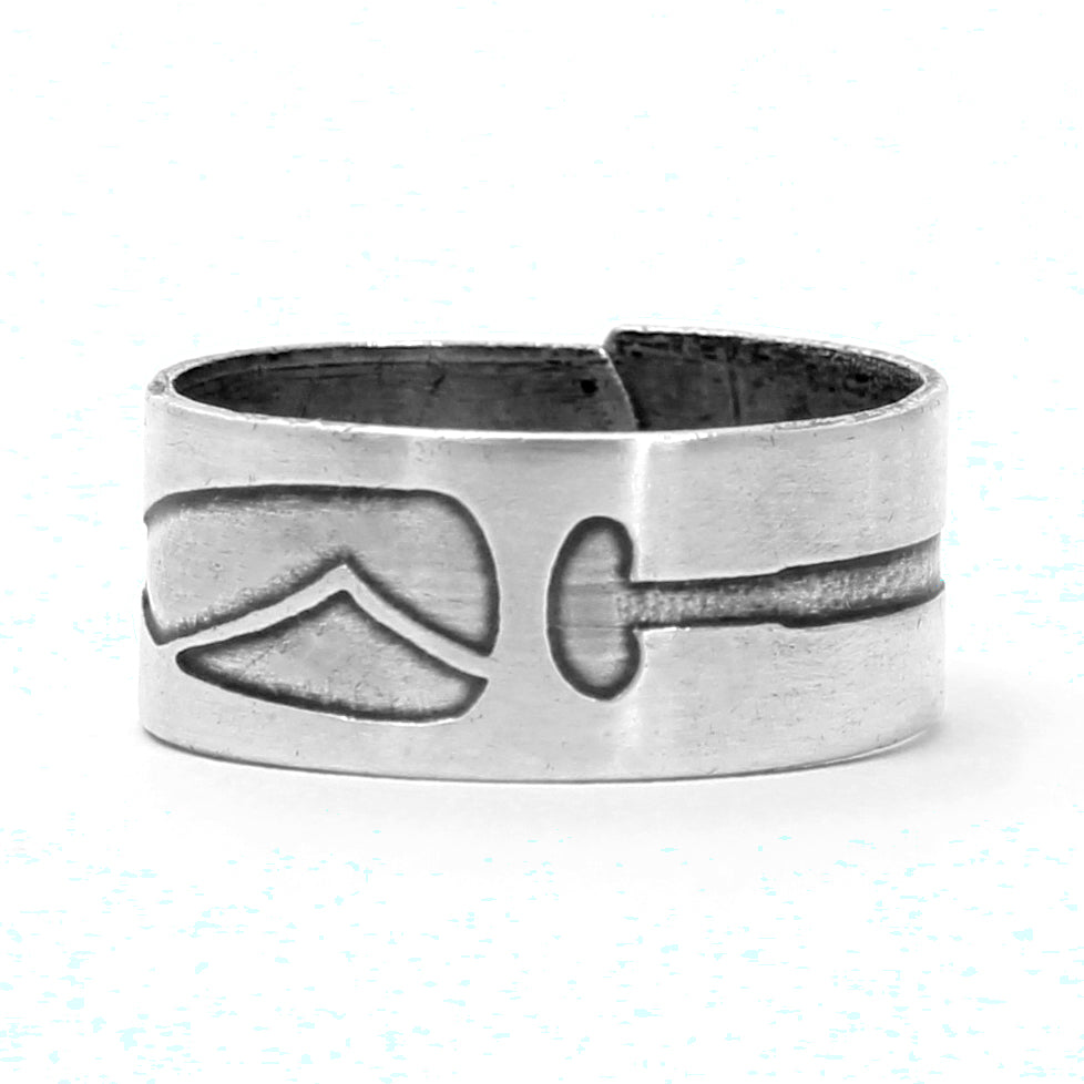 Upstream Adjustable Ring, Matte Silver / One Size, Daphne Lorna