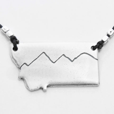 Simple Mountains Montana Necklace