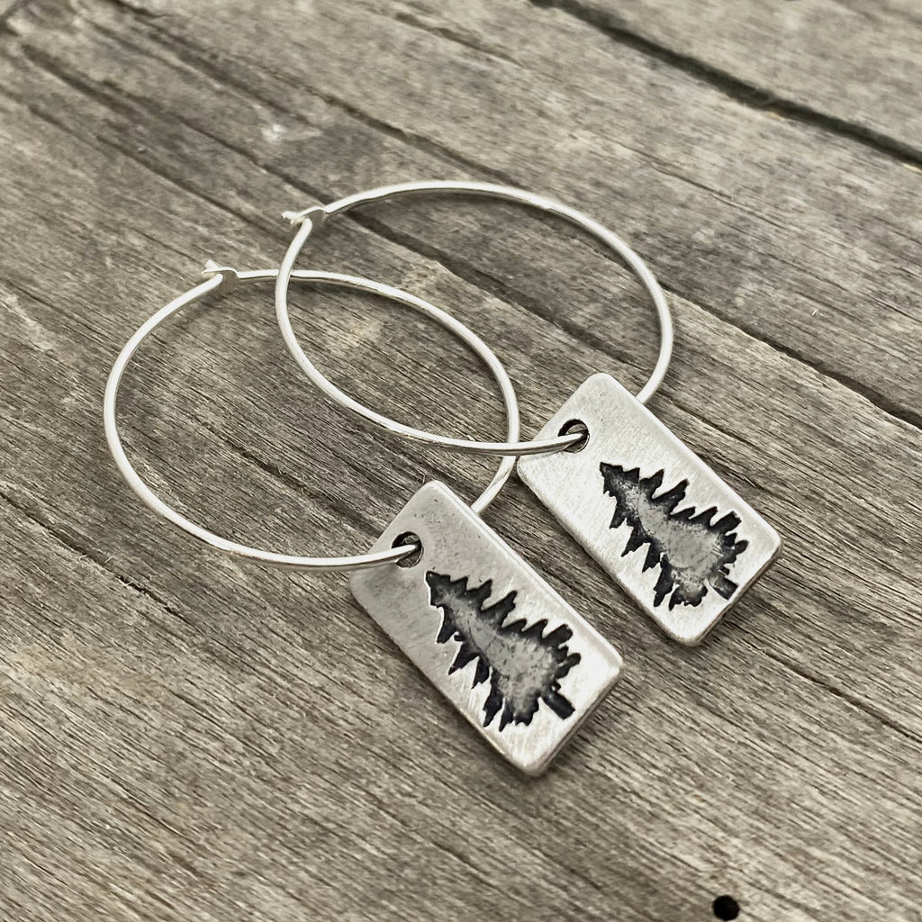 Spruce Hoop Earrings, Matte Silver, daphne lorna
