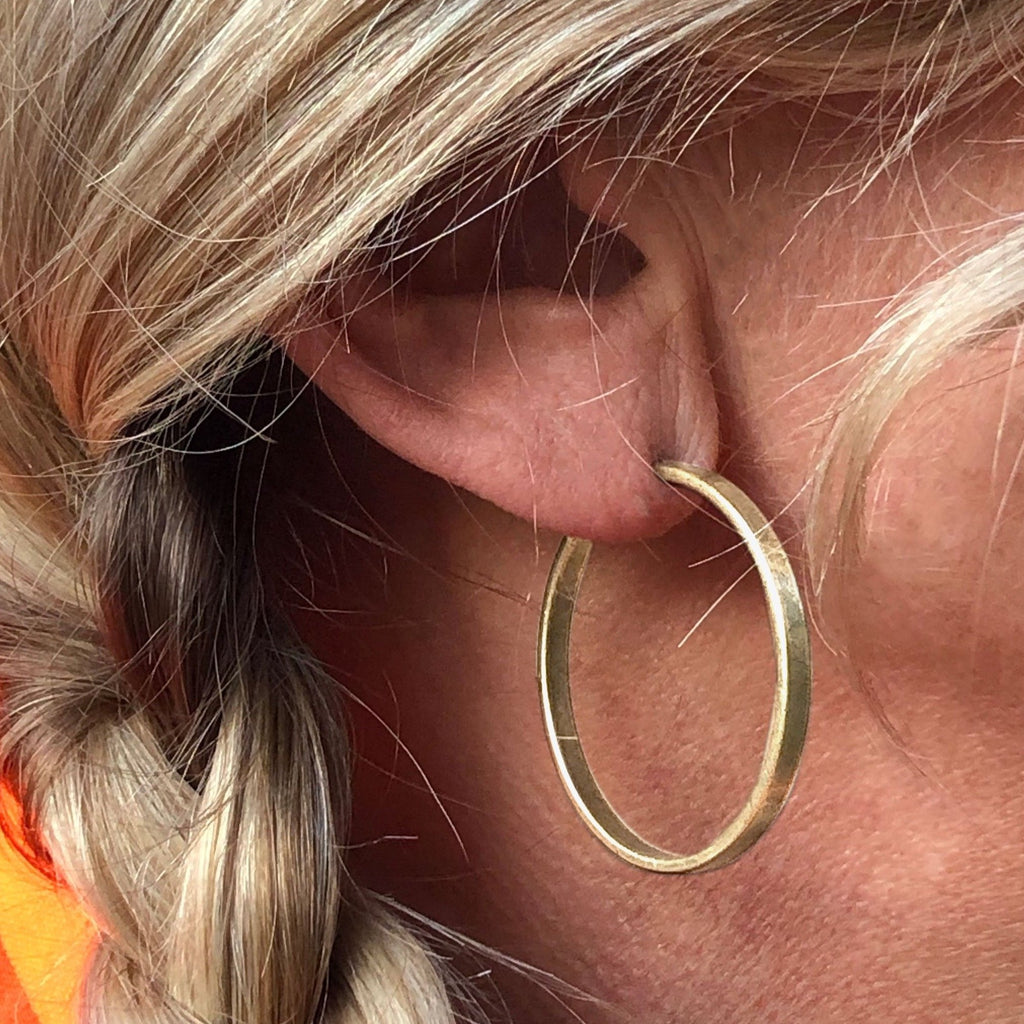 Simple Medium Hoop Earrings, [variant_title], daphne lorna