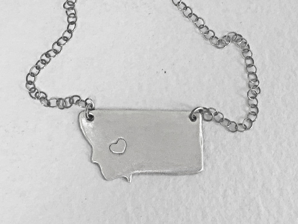 Lovin' Montana Necklace, Matte Silver / Simple, Daphne Lorna