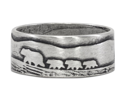 Bears on a Hike Ring