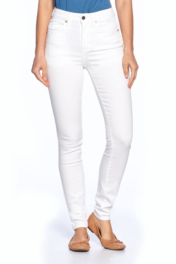 The Best Travel Jeans in the World | Comfort Skinny | White