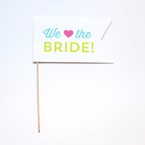 We Heart the Bride Photo Prop