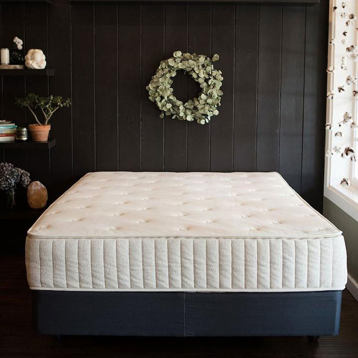 The Serene Organic Mattress with Free Bedding Bundle by Sage Sleep