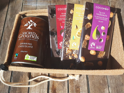 Chocolate Heaven Gift Pack - Organic Fairtrade Chocolate bars and Drinking Chocolate